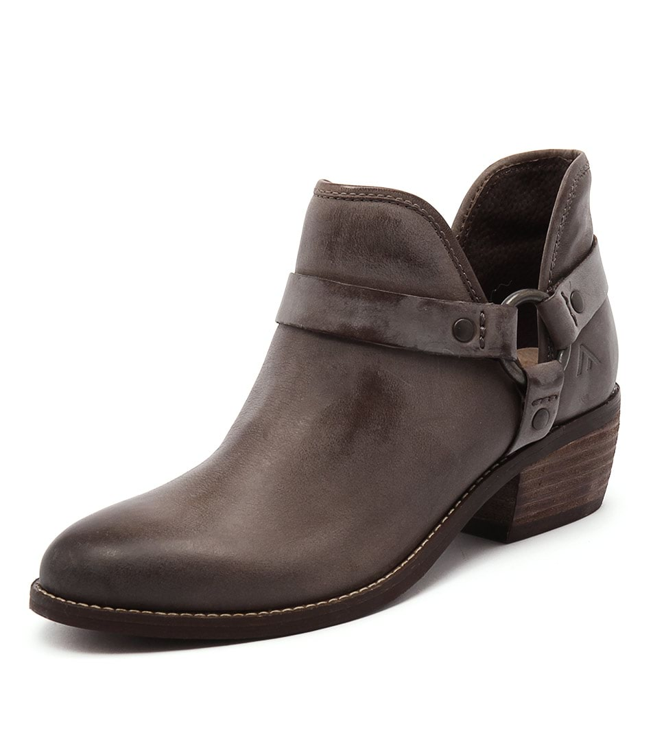Colorado Key Brown Boots
