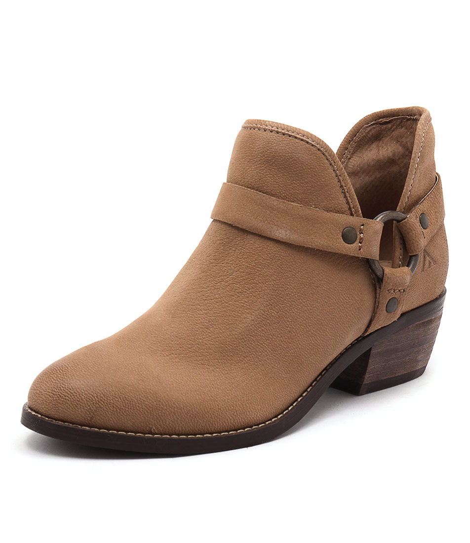 Colorado Key Tan Boots