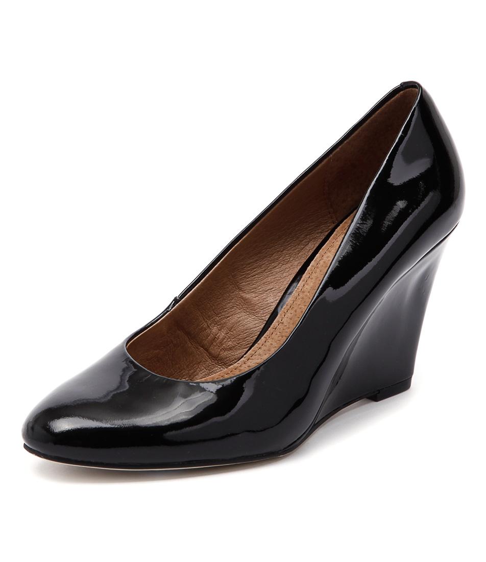 Diana Ferrari Nakisha Black Dress Pumps