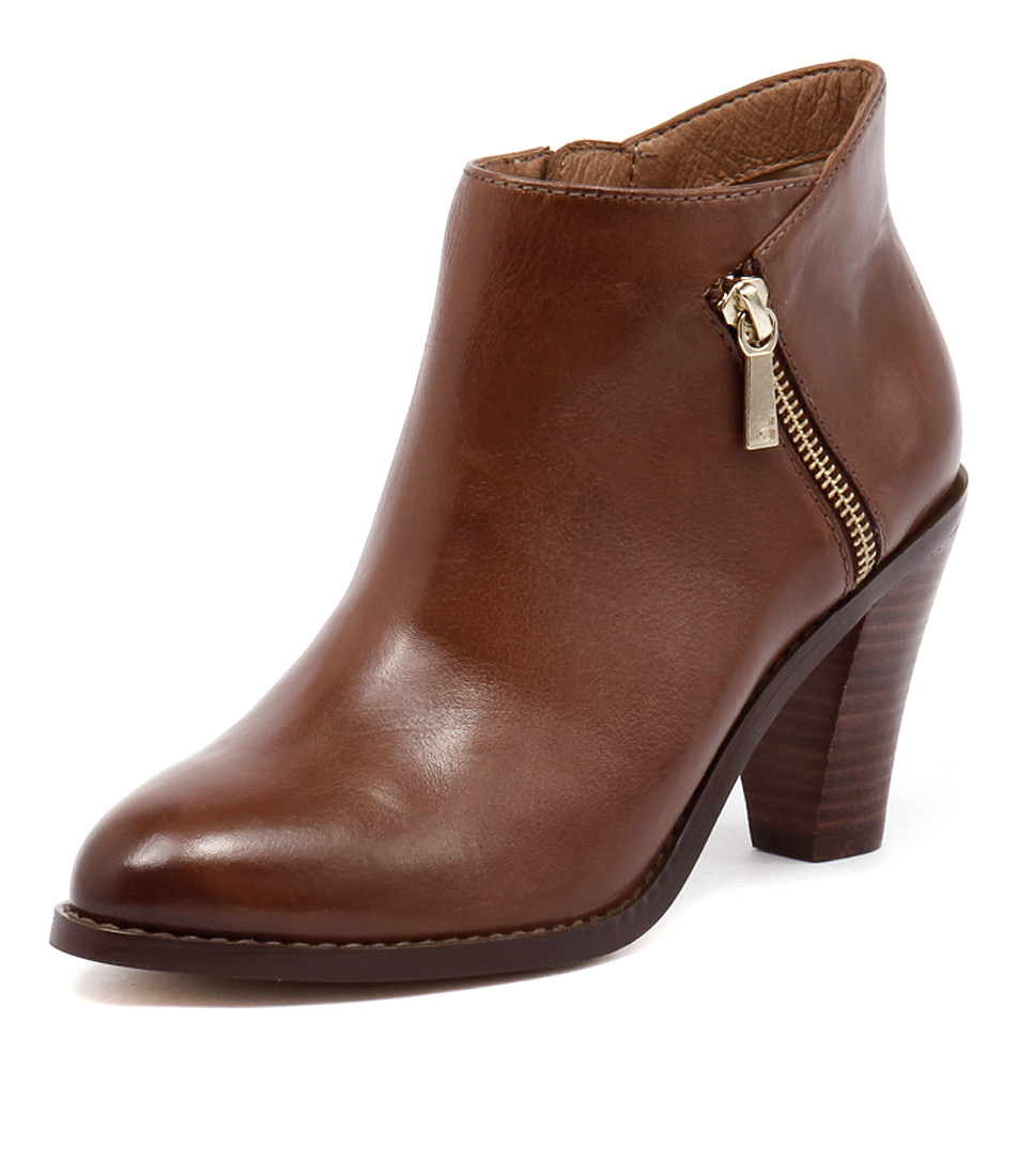 Diana Ferrari Rosetti Tan Leather Boots