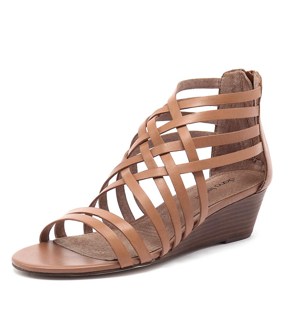 Diana Ferrari Jarva Tan Shoes