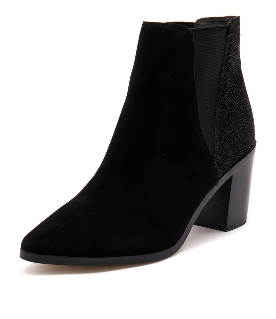Diana Ferrari Meadow Black Boots online