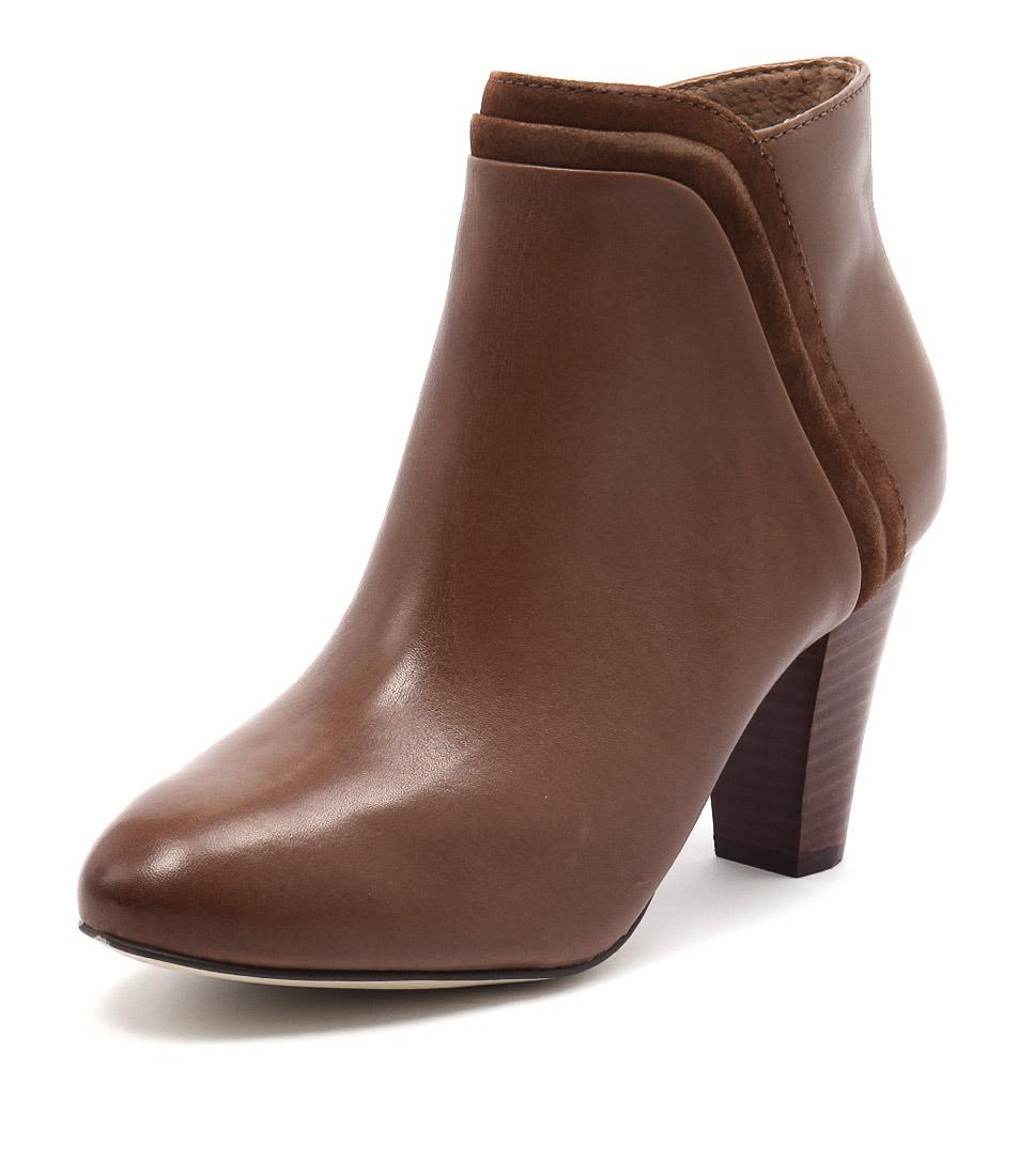 Diana Ferrari Vasco Tan Boots