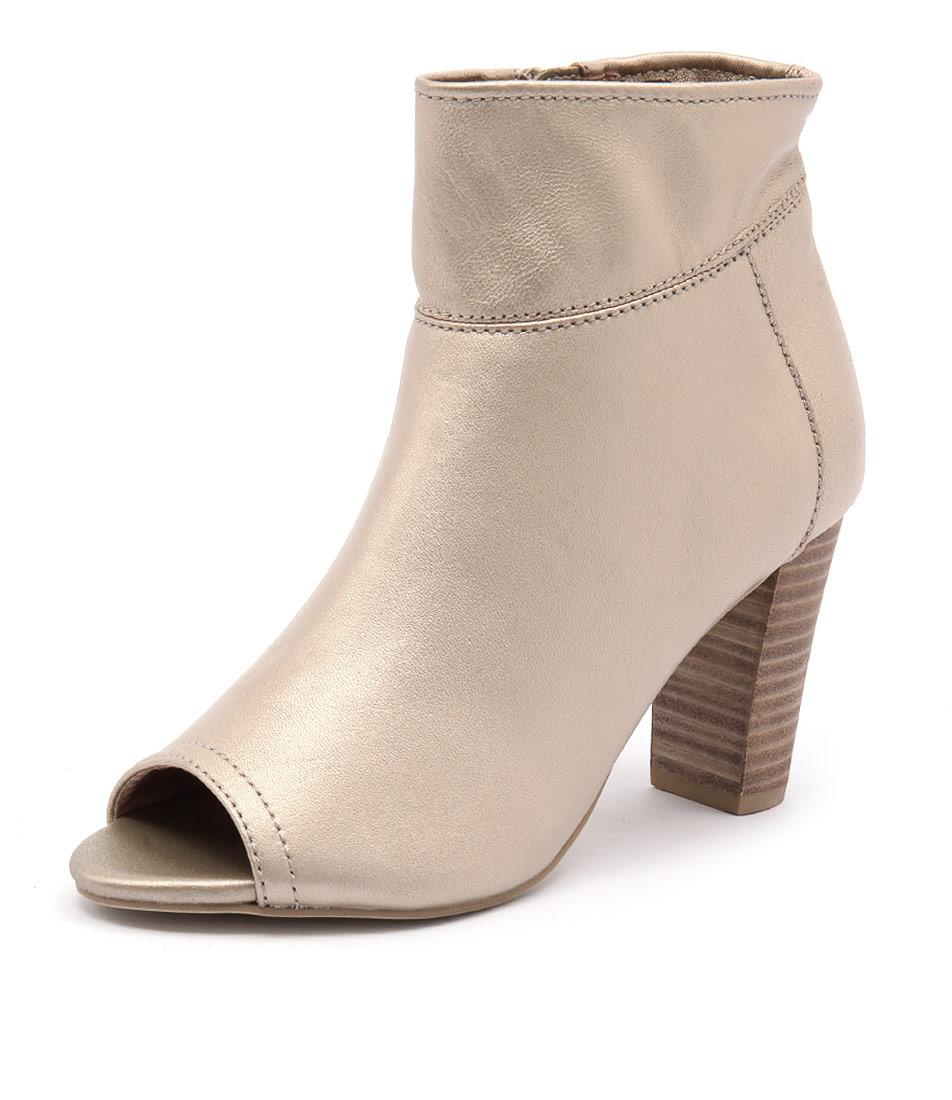 Diana Ferrari Nolita Platinum Boots