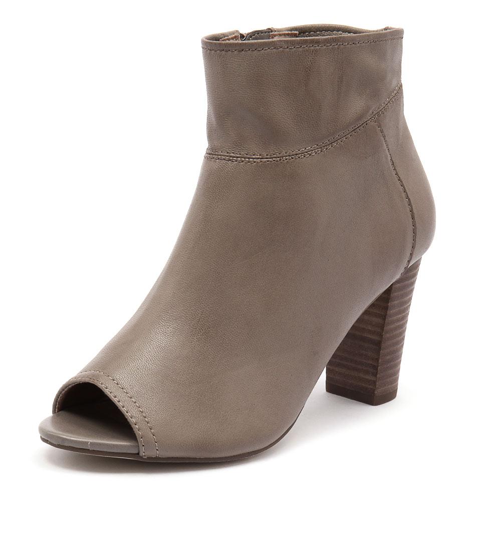 Diana Ferrari Nolita Taupe Boots