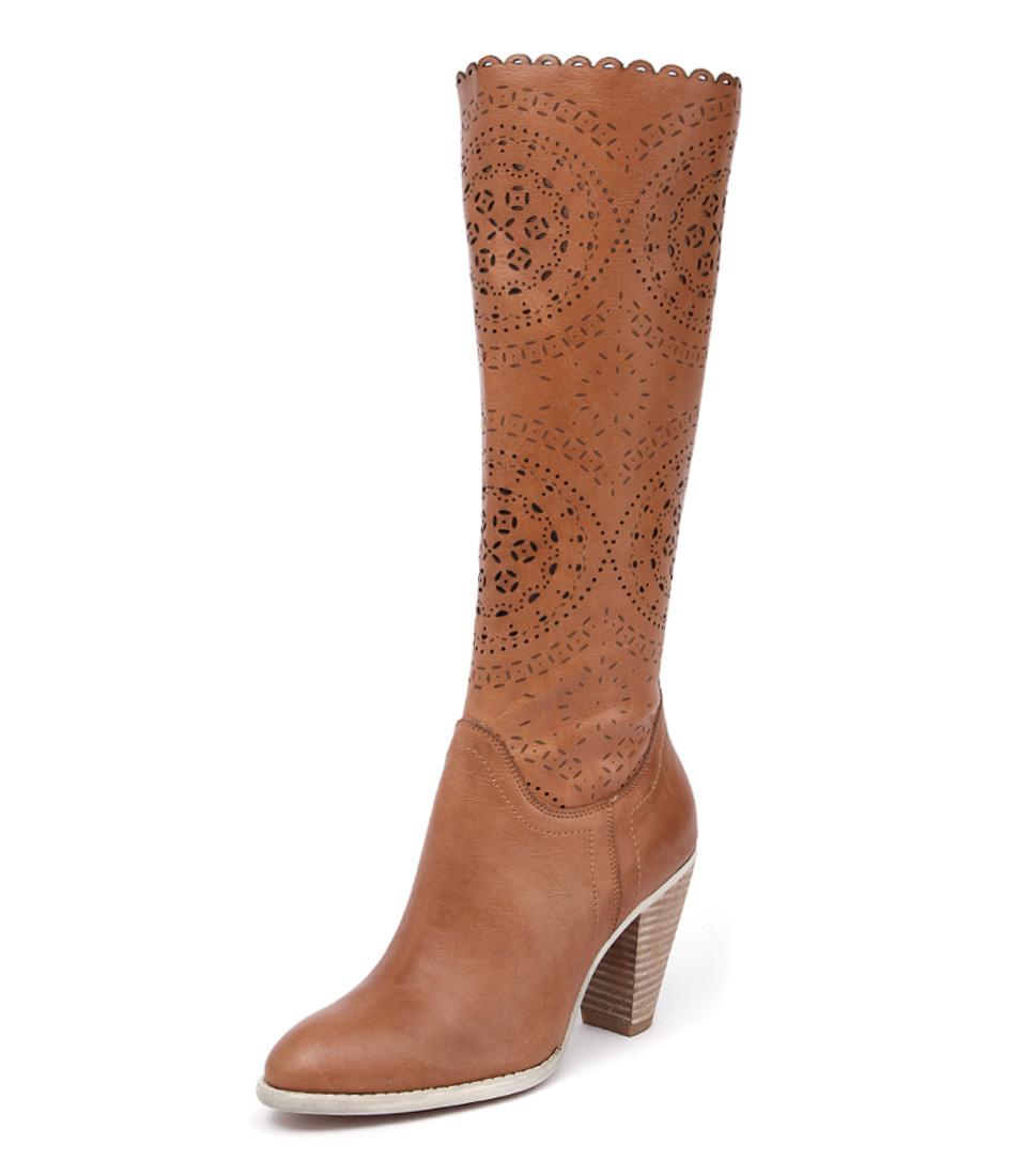 Django & Juliette Voss Tan Boots