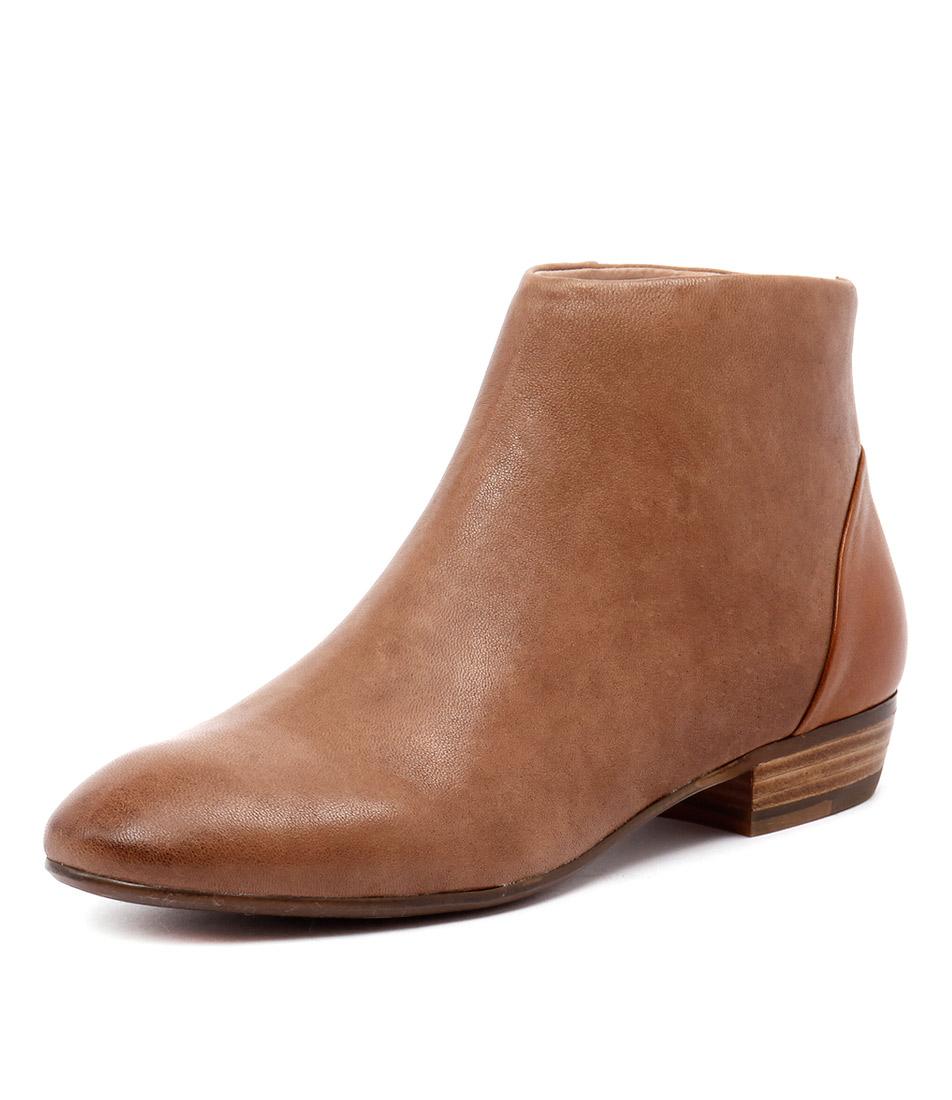 Django & Juliette Amble Tan-Light Tan Boots