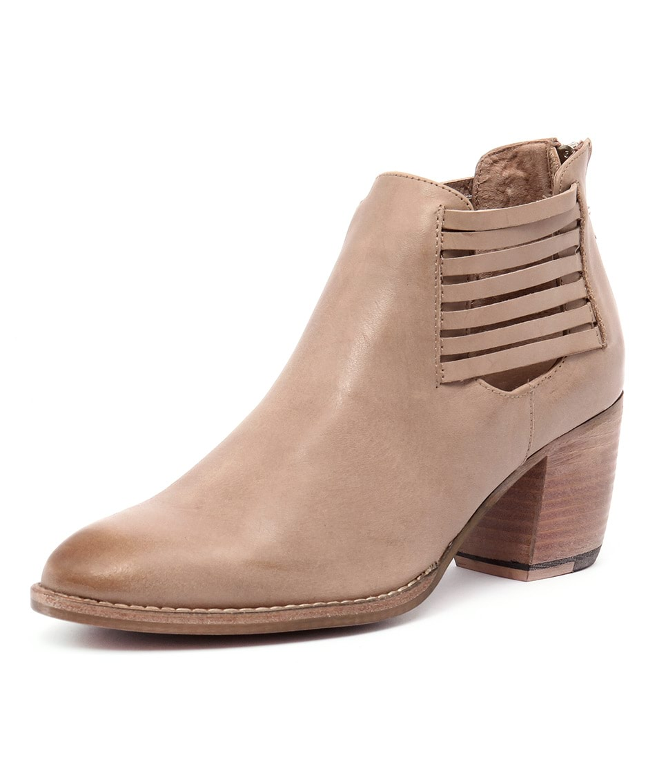 Django & Juliette Breach Latte Leather Boots
