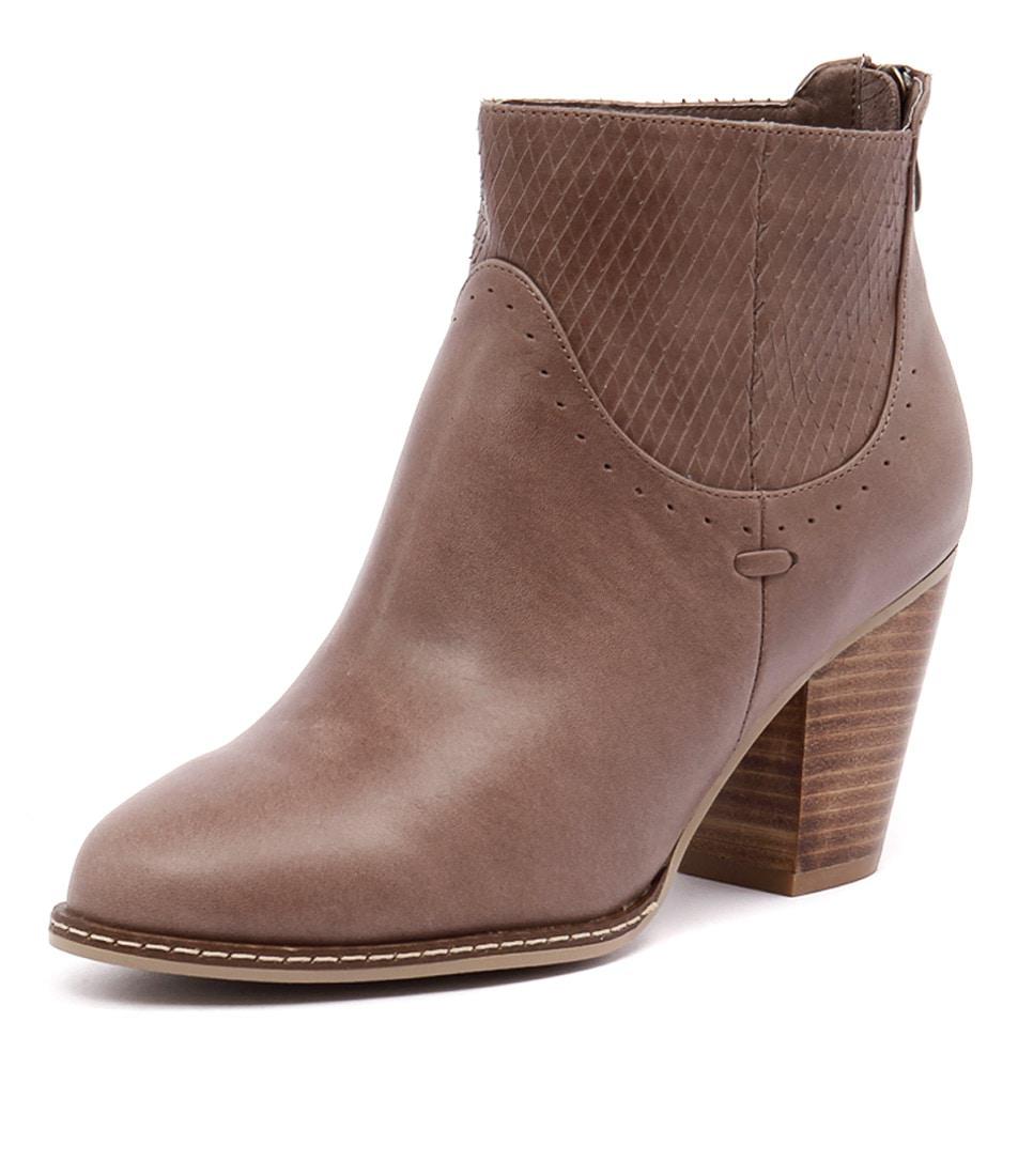 Django & Juliette Cast Mocca Leather-Mocca Cut Boots online
