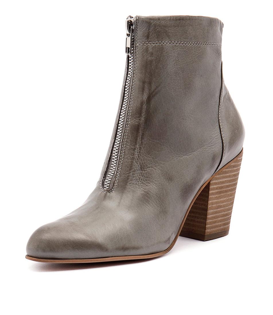 Django & Juliette Hika Grey Boots