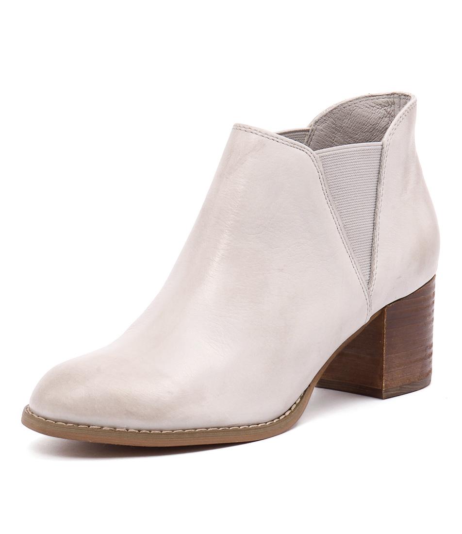 Django & Juliette Scarab Misty Boots