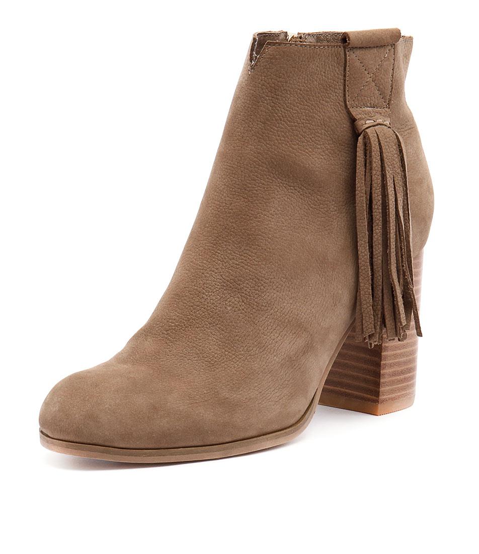 Django & Juliette Scuttle Taupe Boots