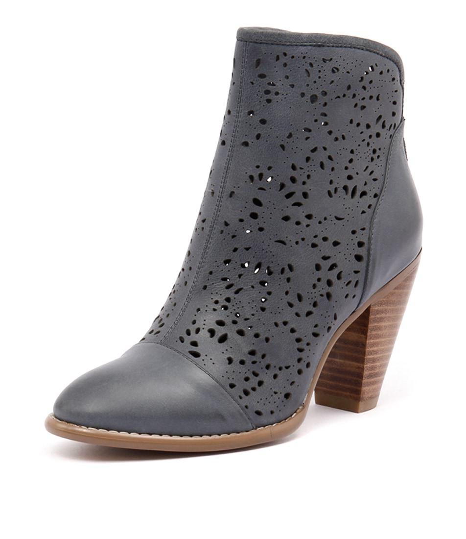 Django & Juliette Vizzy Blue Boots
