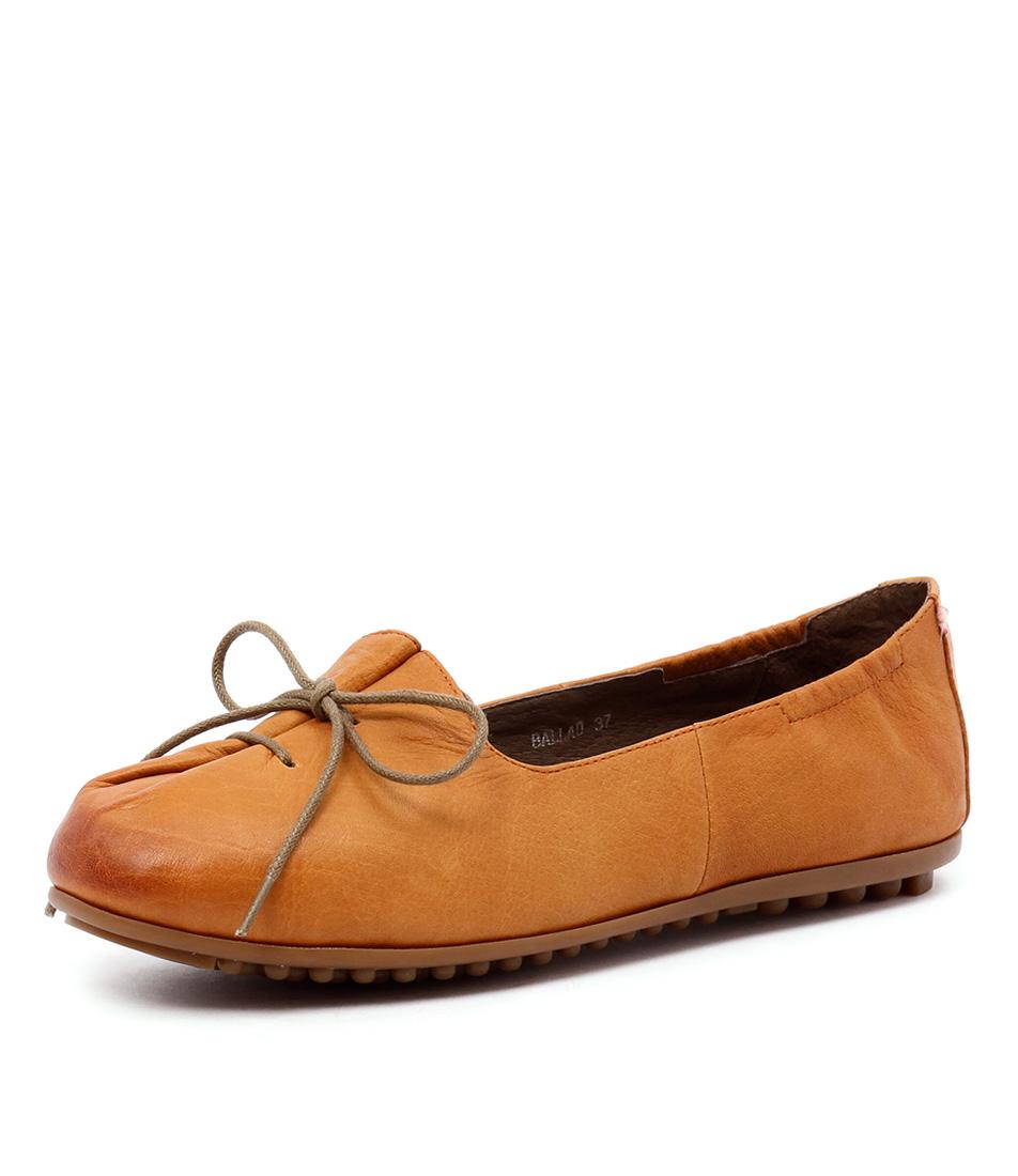 Django & Juliette Ballad Orange Shoes
