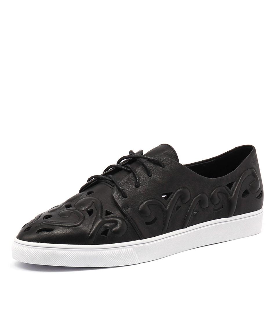 Django & Juliette Handy Black Leather Shoes