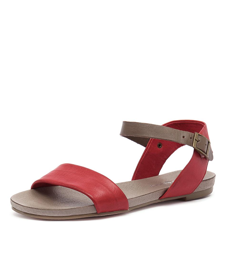 Django & Juliette Jinnit Red-Taupe Strap Sandals