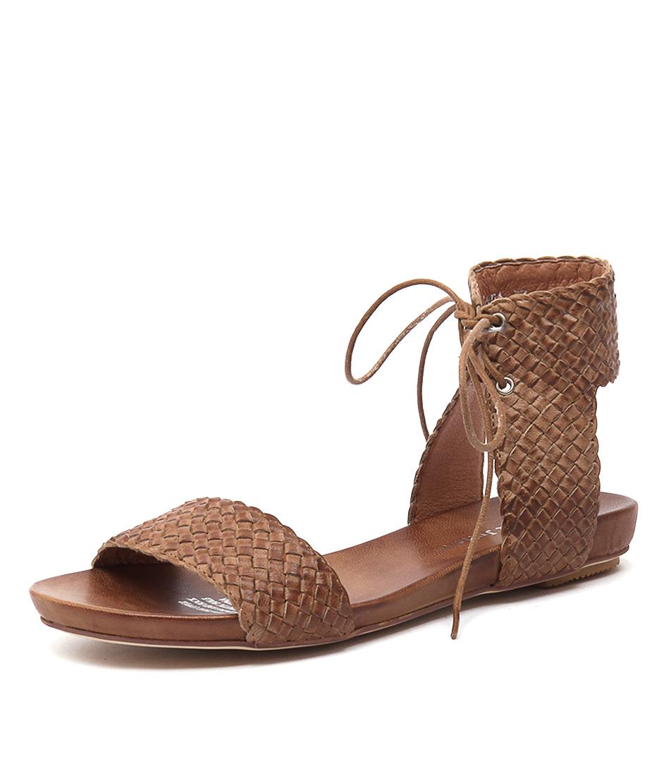 Django & Juliette Glinda Tan Leather Sandals online