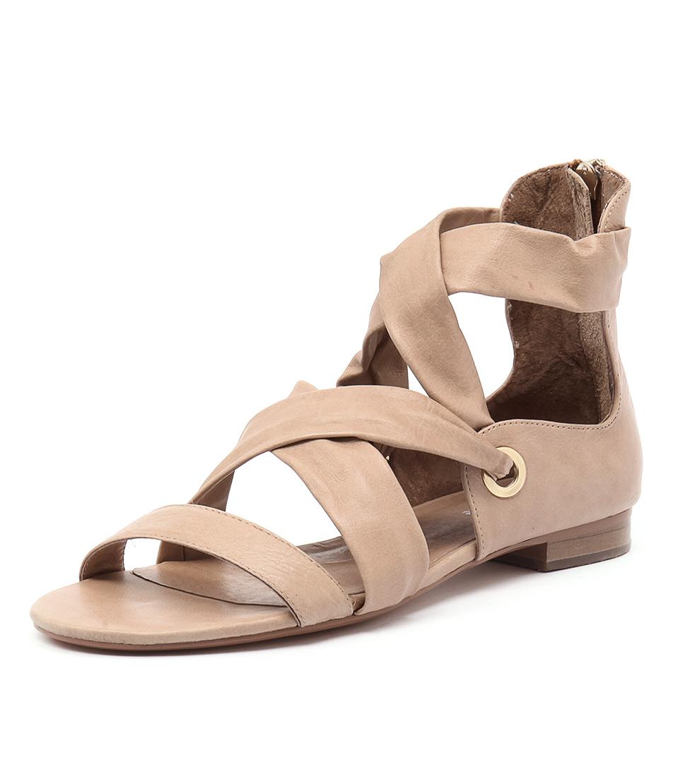 Django & Juliette Pish Latte Leather Sandals