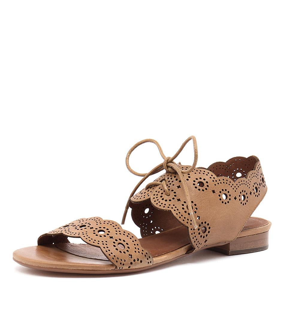 Django & Juliette Princi Tan Leather Sandals