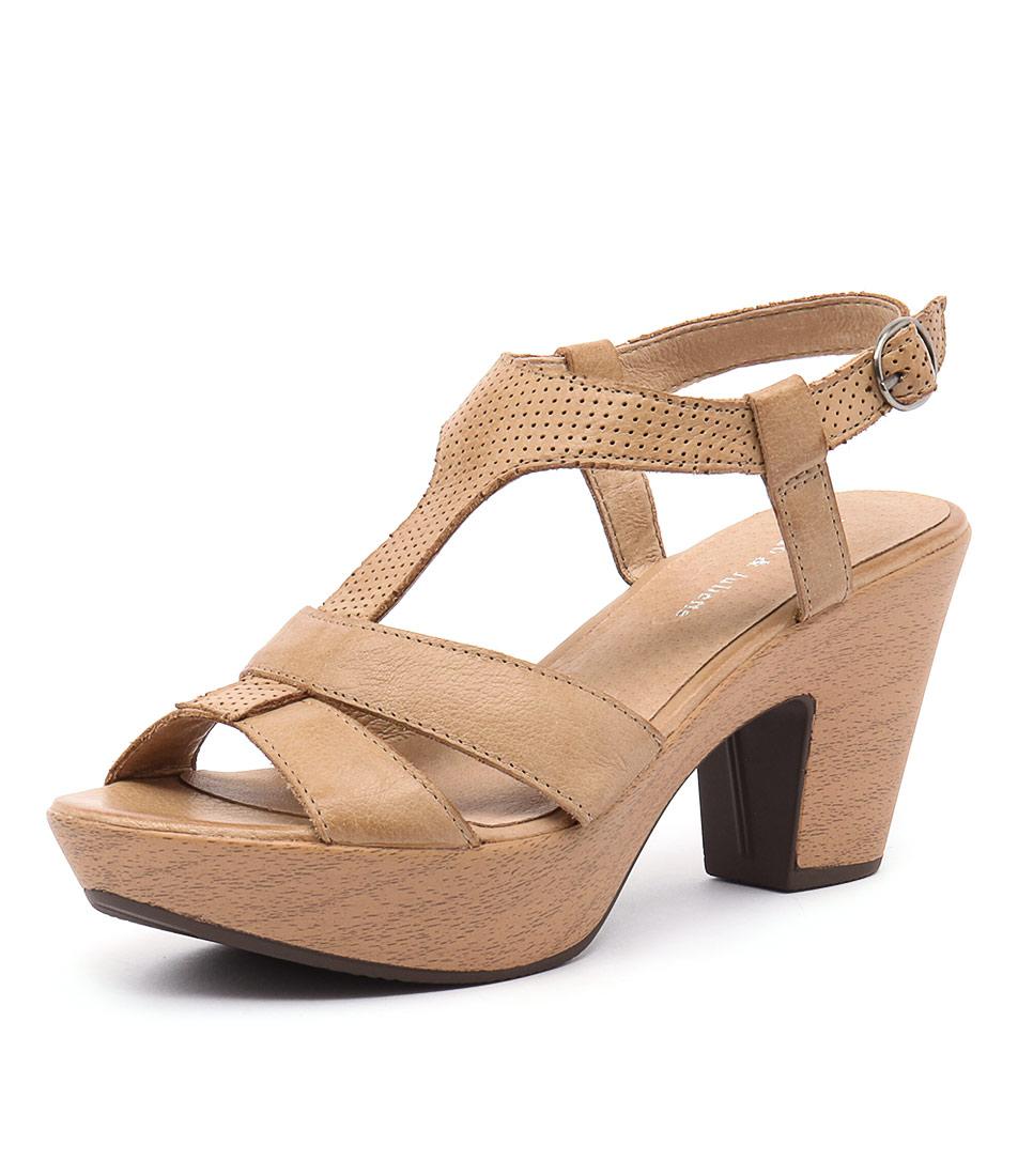 Django & Juliette Wisdom Tan Leather-Pin Punch Sandals online