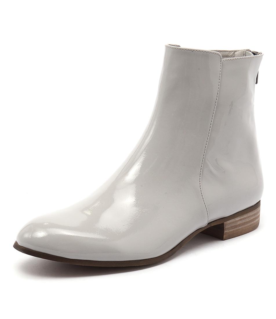 Django & Juliette Fabers Misty Patent Boots online