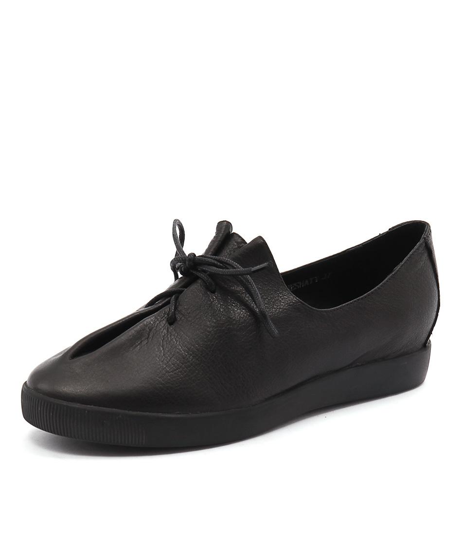 Django & Juliette Ganeshaty Black Shoes