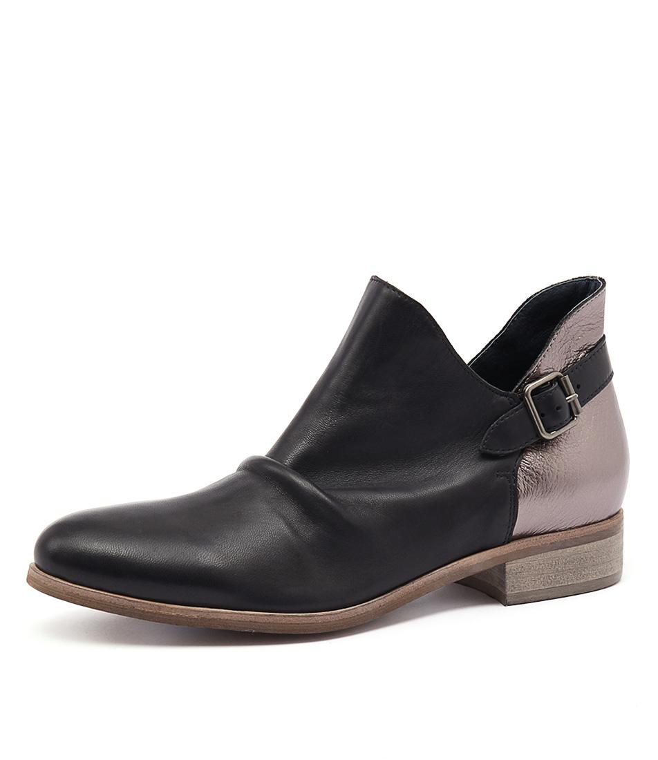 Django & Juliette Ironic Black-Dark Bronze Boots