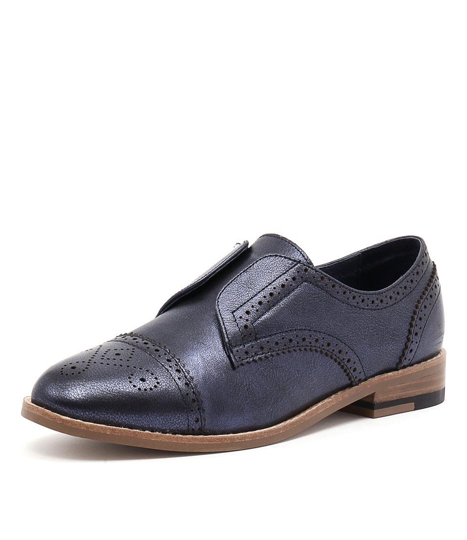 Django & Juliette Lanes Navy Metallic Shoes