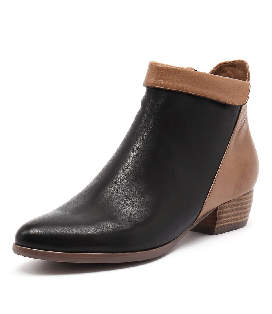 Django & Juliette Tella Black-Dark Tan Boots