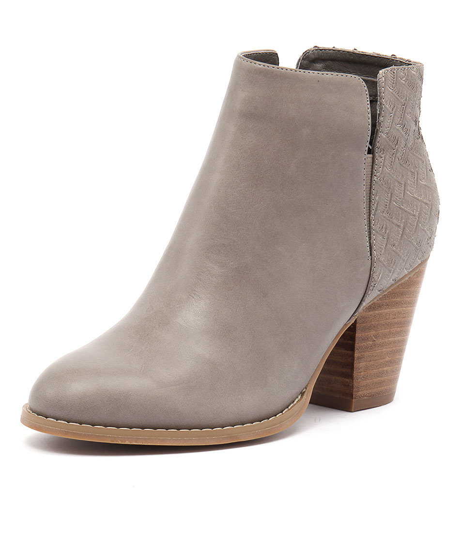 Django & Juliette Releasing Grey Leather-Cut Leather Boots