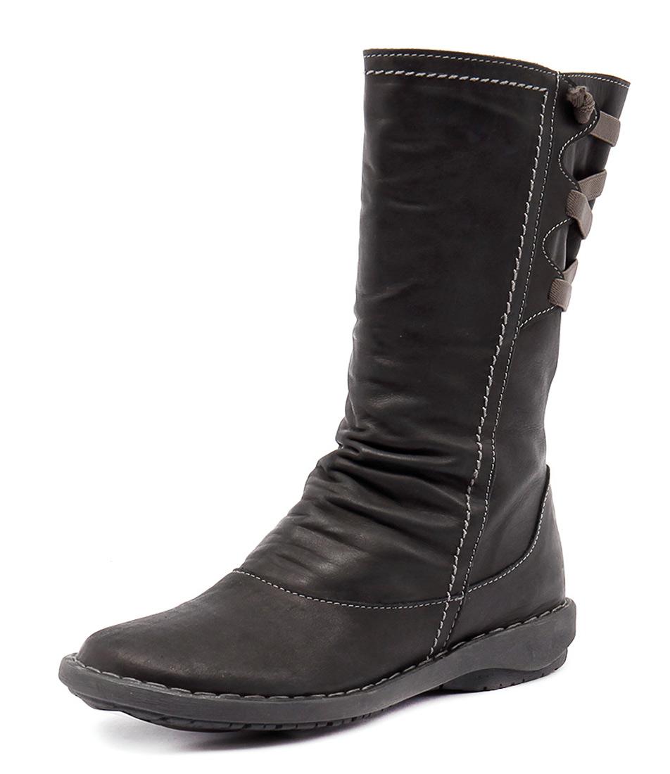 Effegie Subali Black Boots