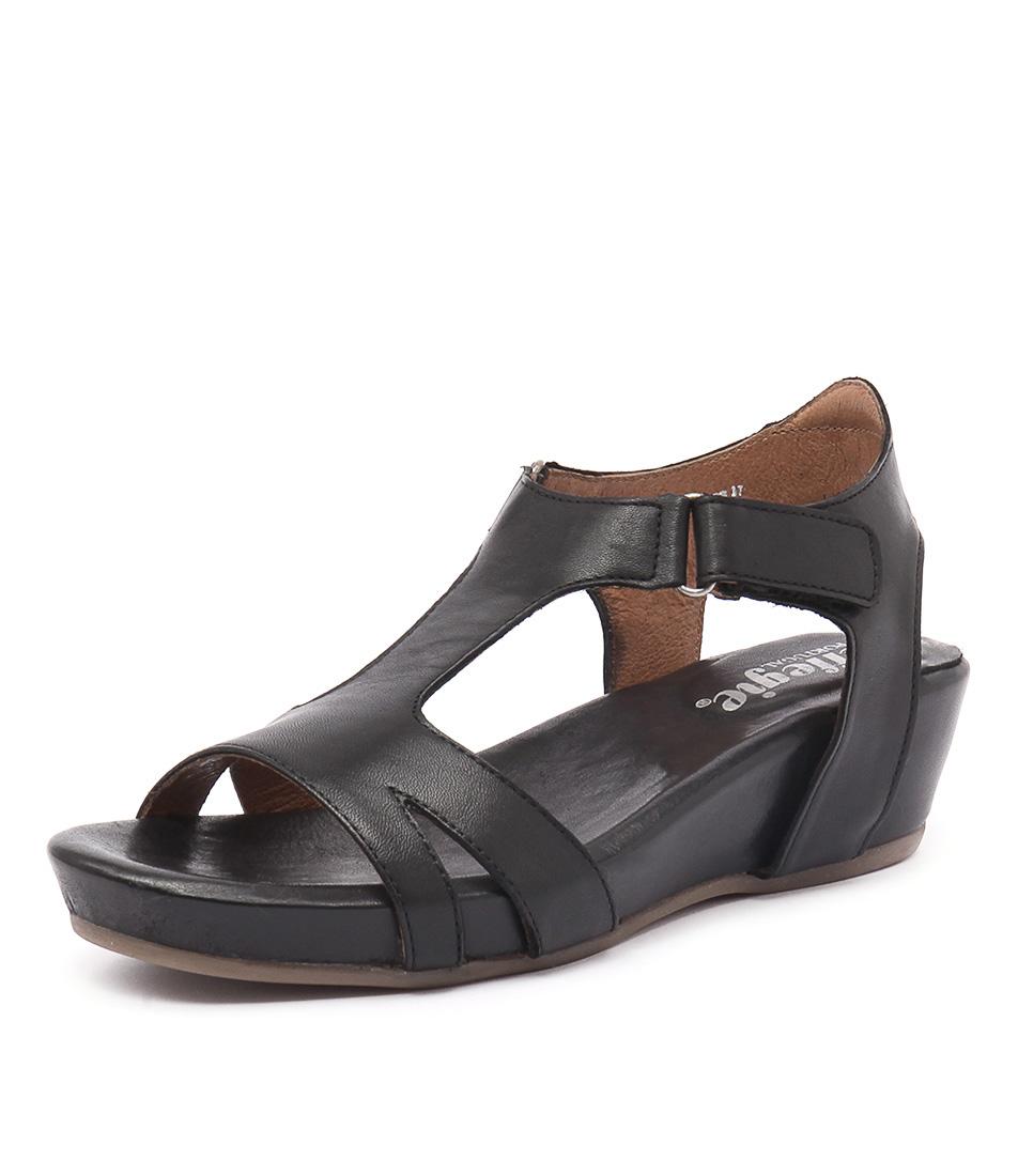 Effegie Renoria Black Sandals