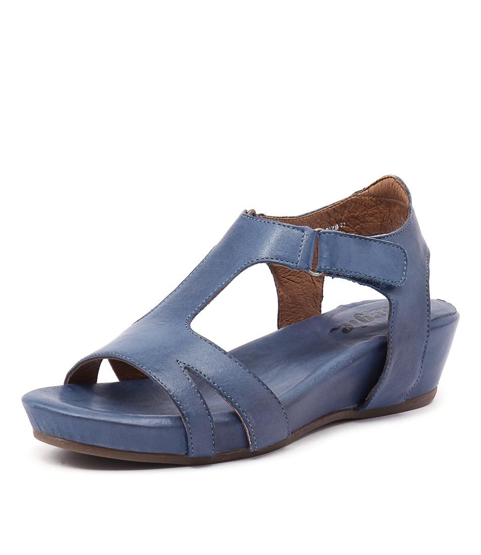 Effegie Renoria Cobalt Sandals online