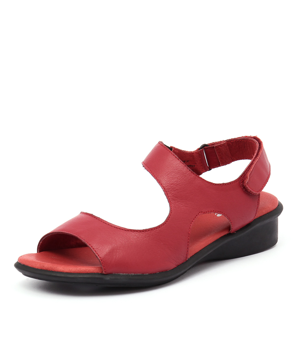Effegie Bera Red Sandals