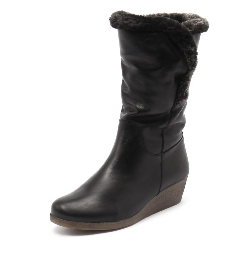 Effegie Ensinia Black Boots