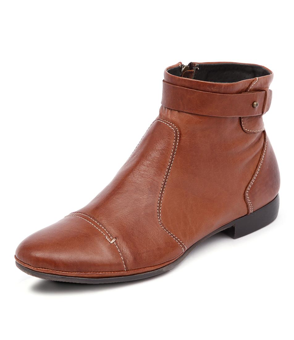 EOS Nilaja Brandy Boots online