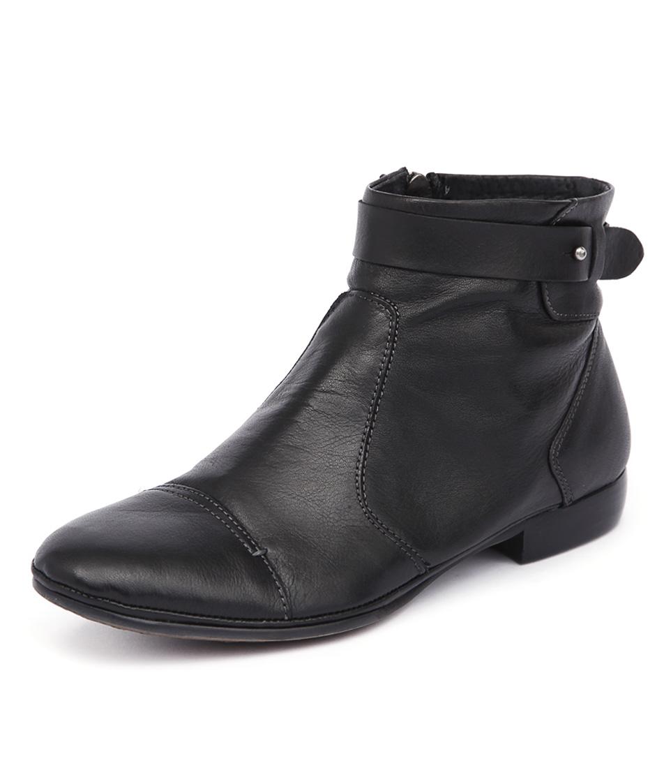 EOS Nilaja Black Boots