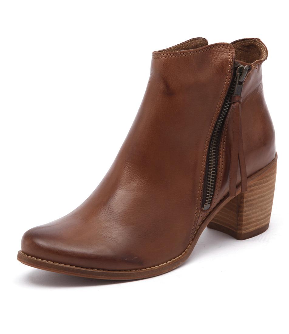 EOS Clinto Vintage Brandy Boots