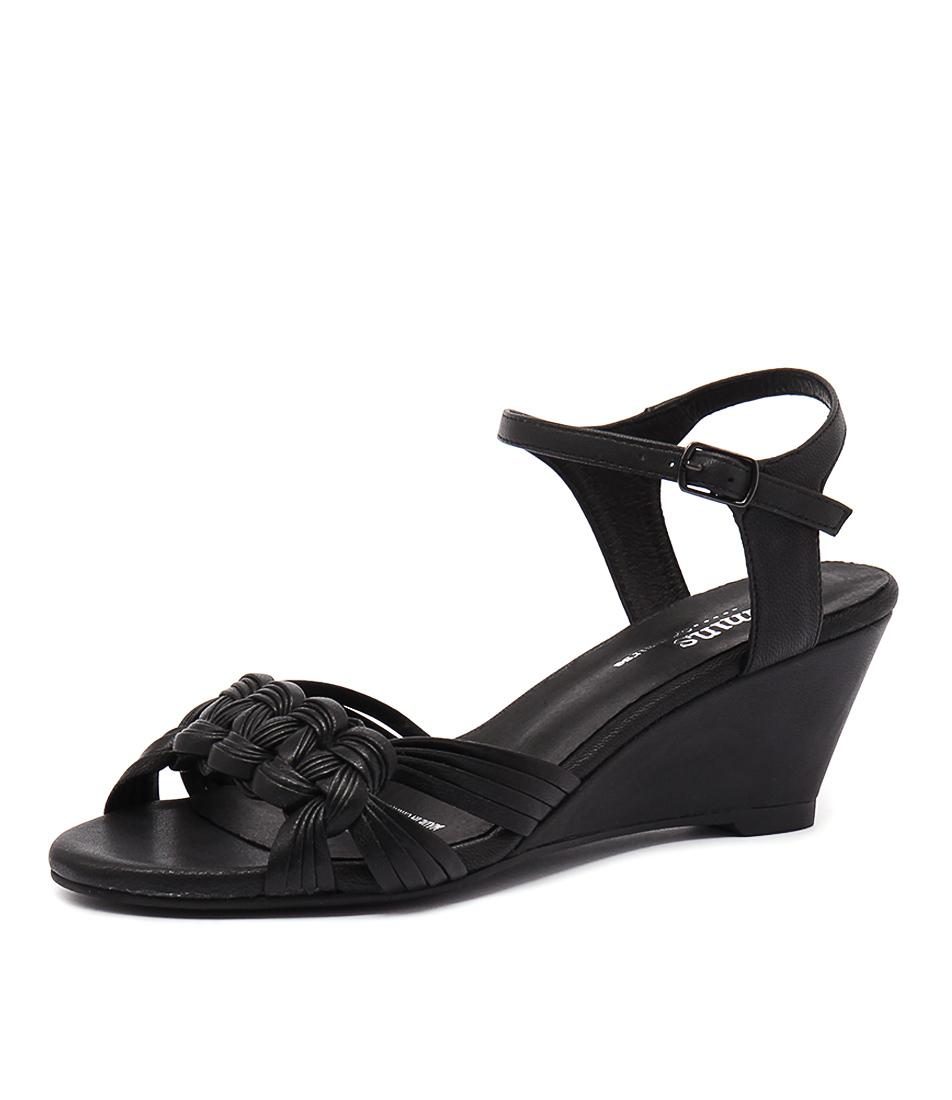 Gamins Crema Black Leather Sandals