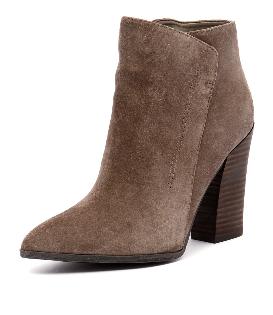 Guess Hardey Chateau Taupe Boots