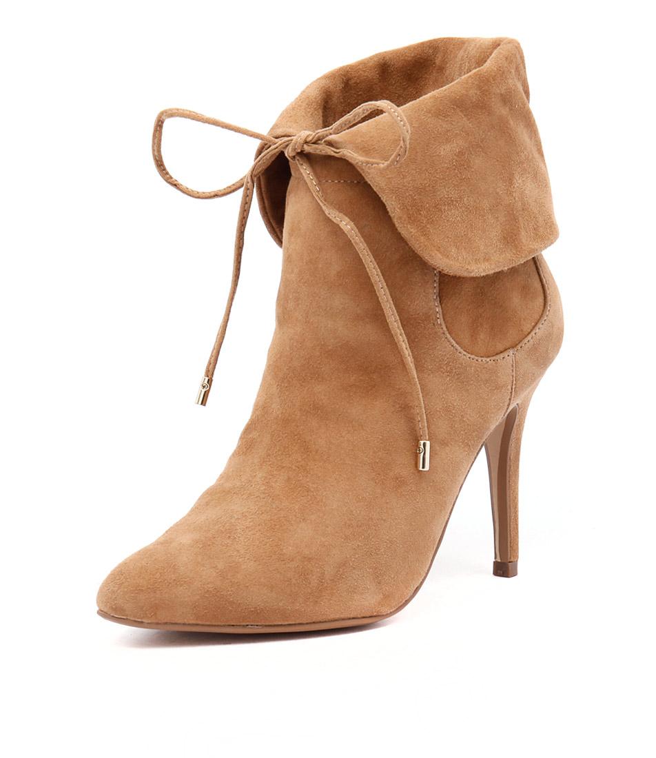 Human Premium Matilda Camel Boots