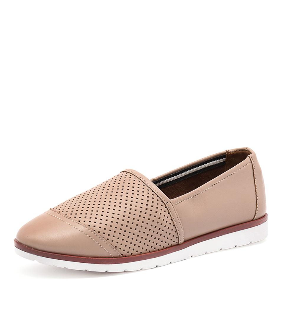Human Premium Ivana Sand Shoes