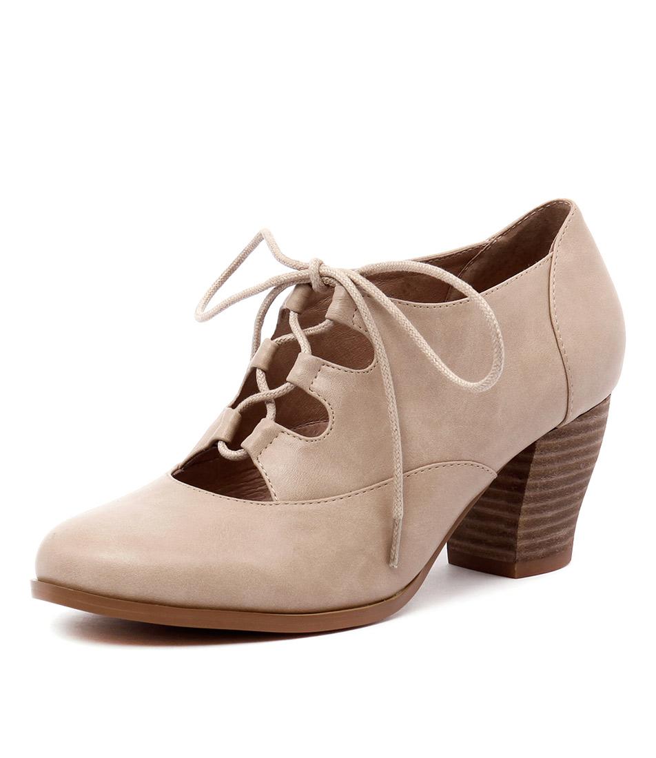 I Love Billy Delilah Latte Oil Smooth Shoes