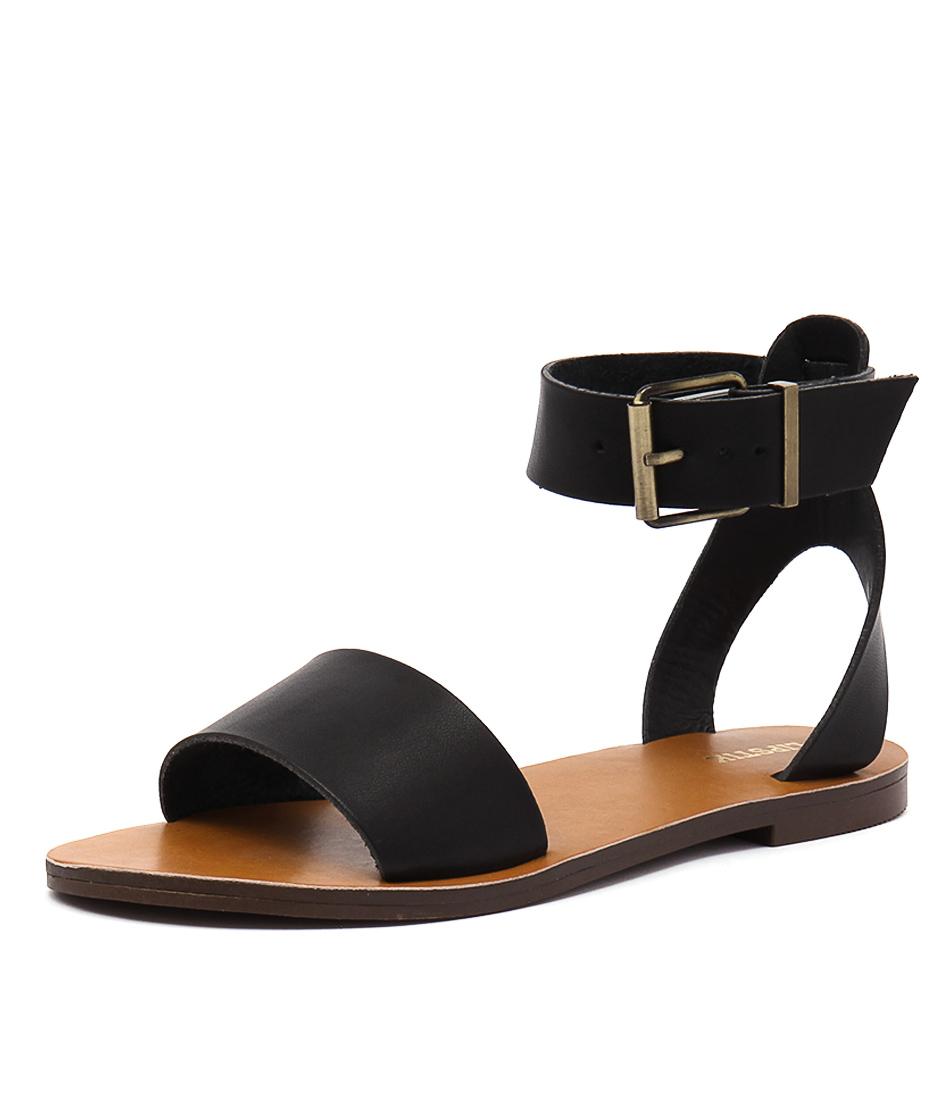 Lipstik Brylee Black Sandals