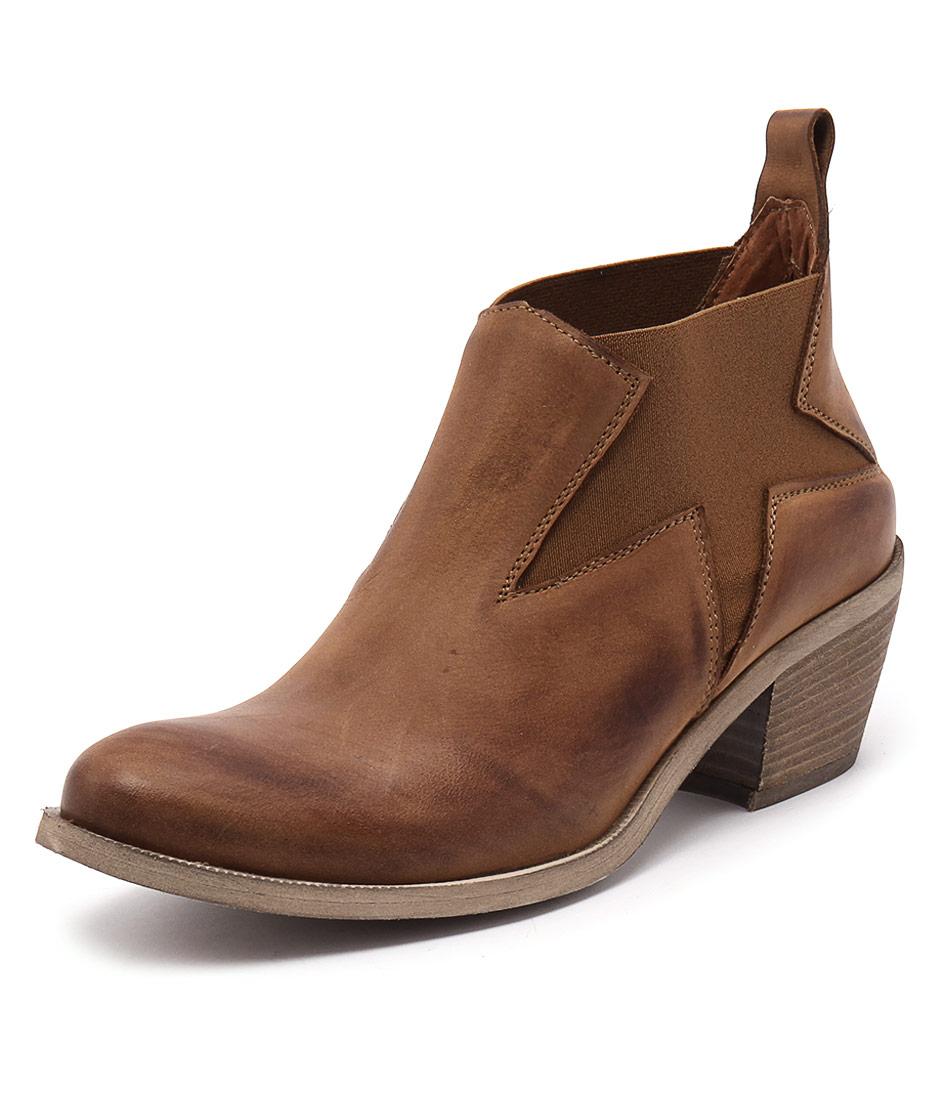 Maria Rossi Calli Tan Boots