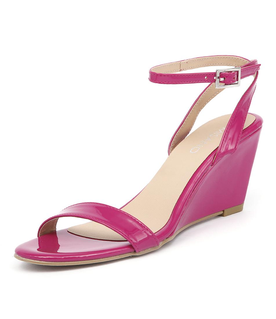 Misano Yates Orchid Patent Sandals