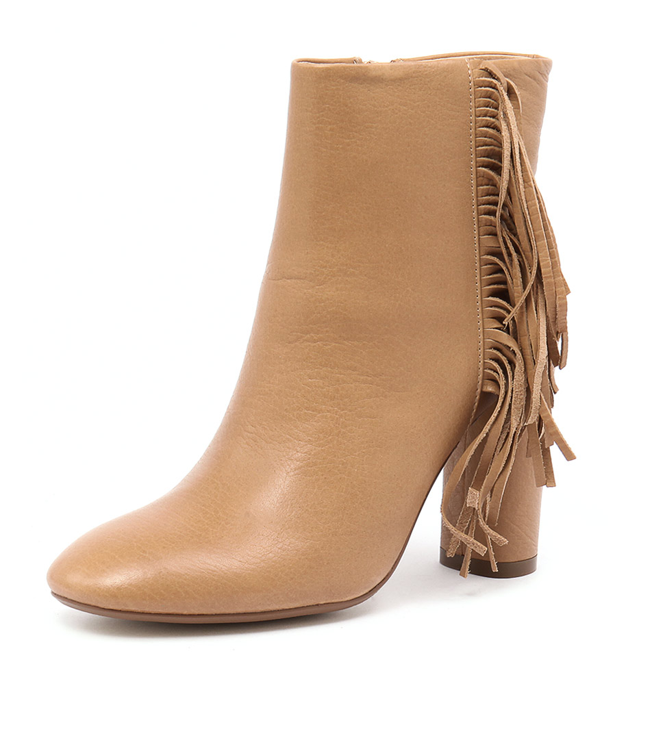 Mollini Asai Camel Leather Boots