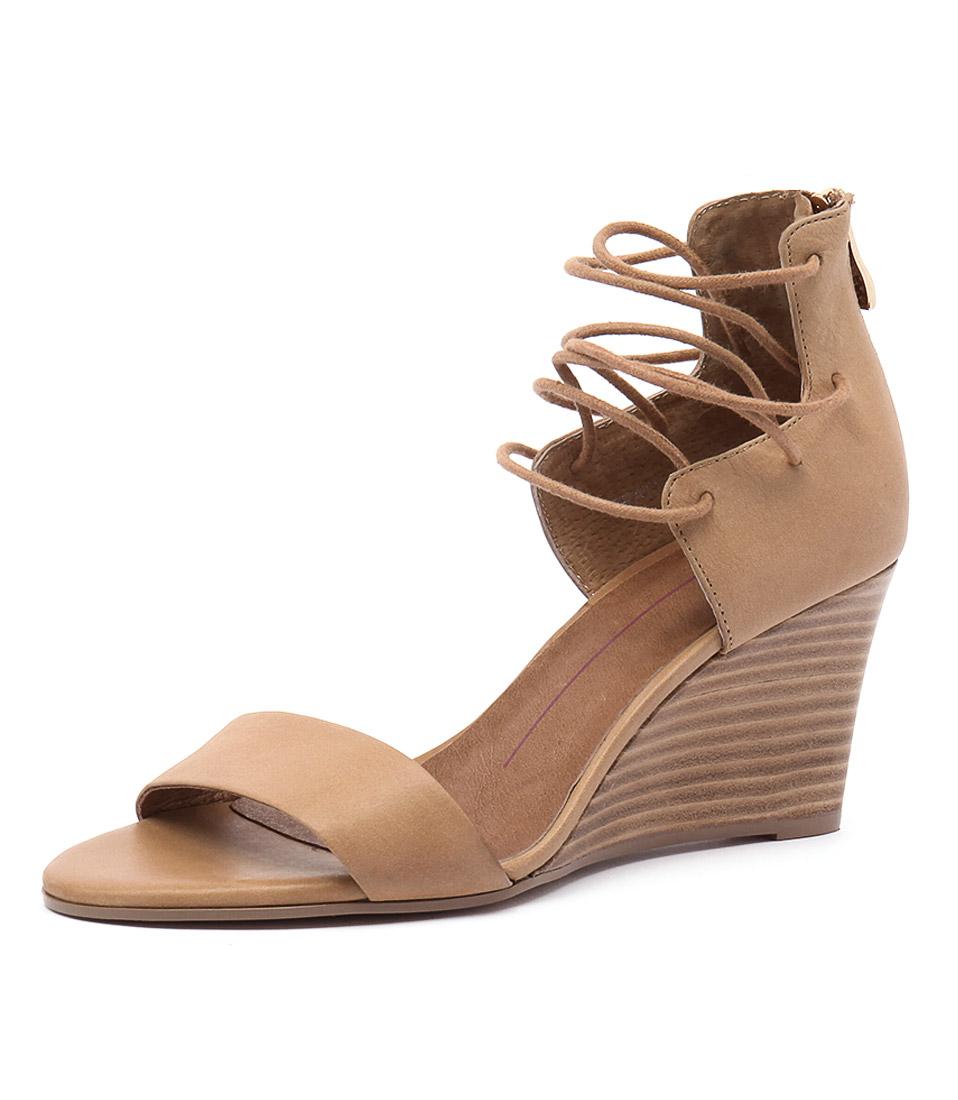Mollini Beaty Tan Leather Sandals