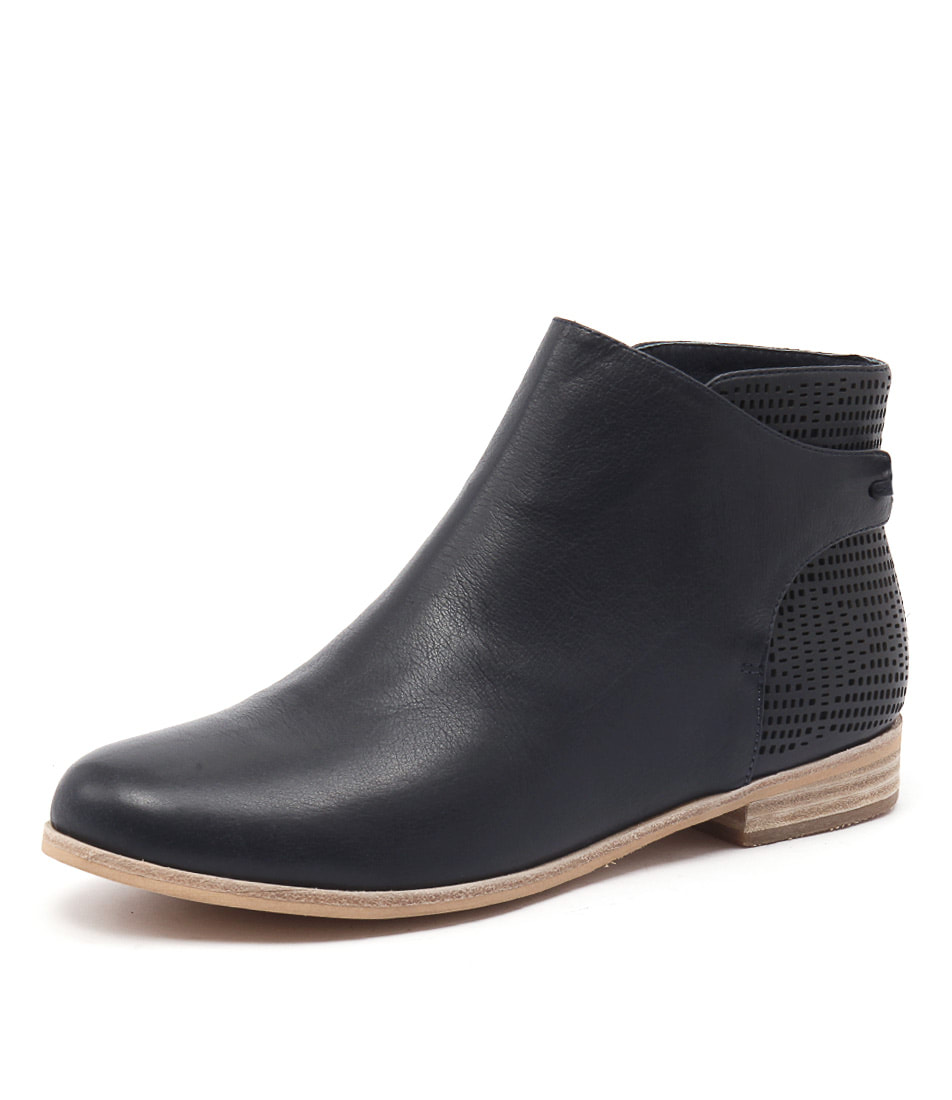 Mollini Quilby Navy Boots online