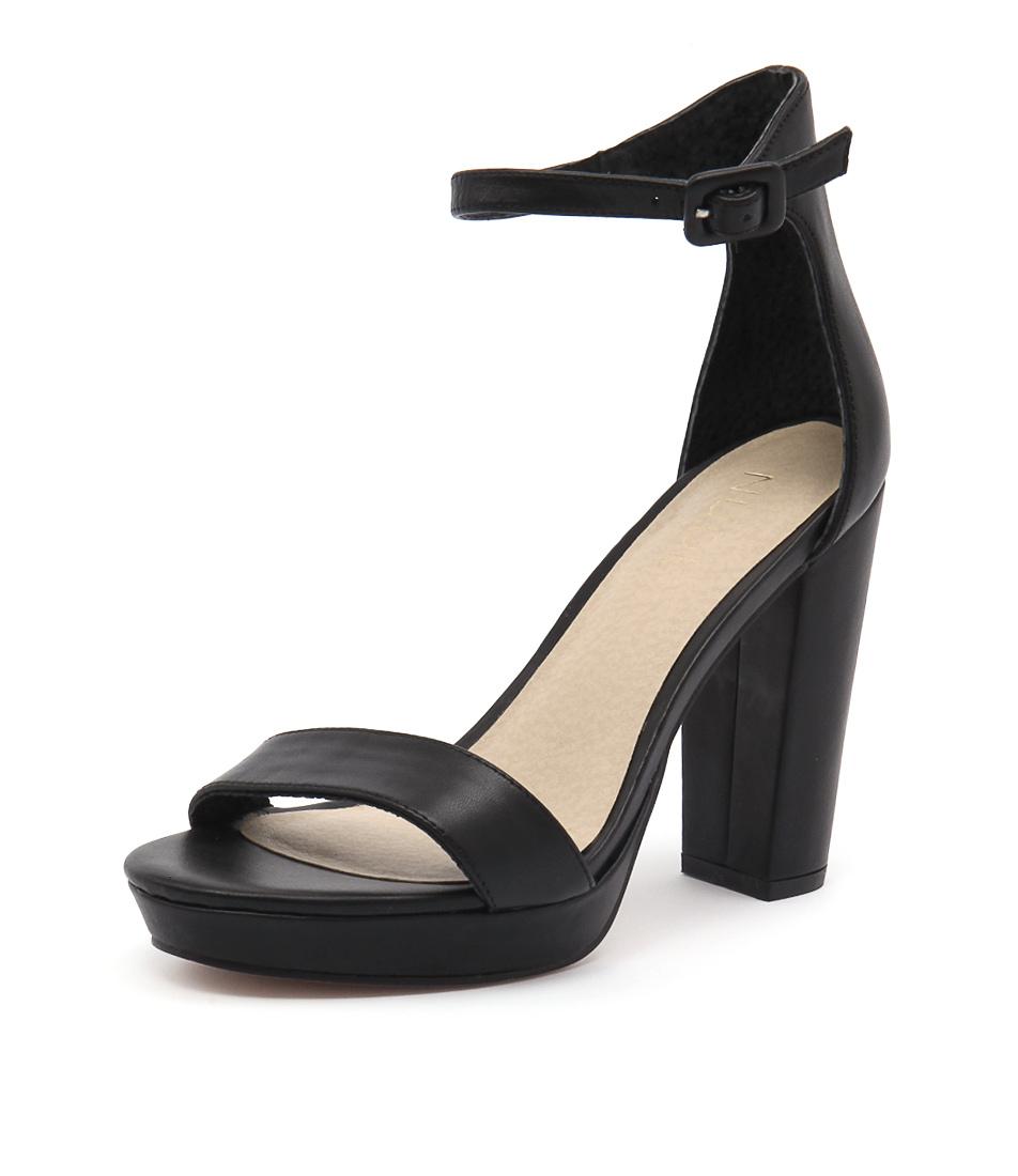 Nude Flamenco Black Sandals